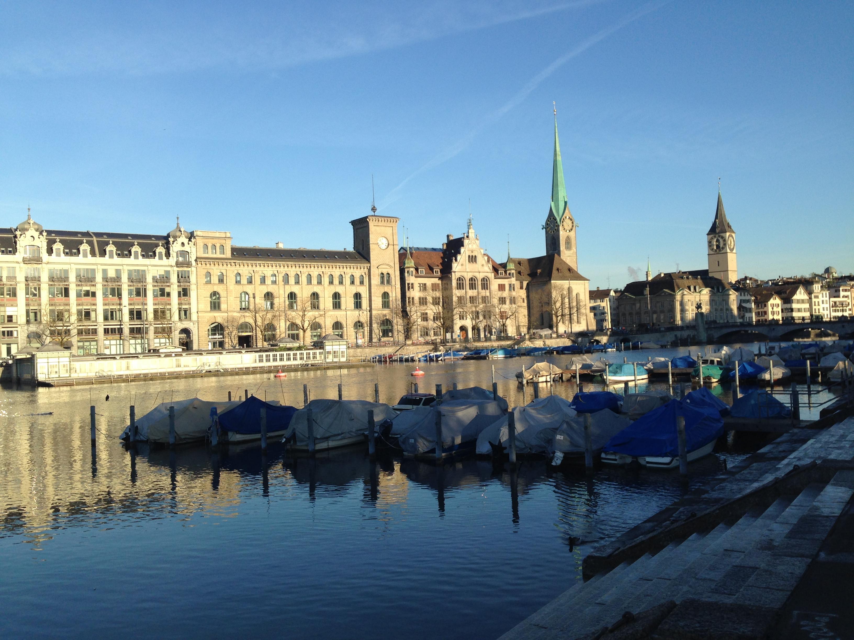 Calendar Zurich : Sunshine spring and happiness her etiquette