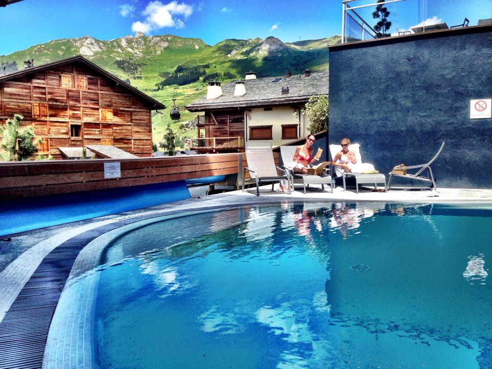 Lunch with Tara Stiles Pool W Verbier