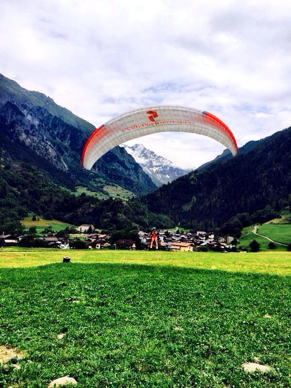 Paragliding W Hotels Nel-Olivia Waga