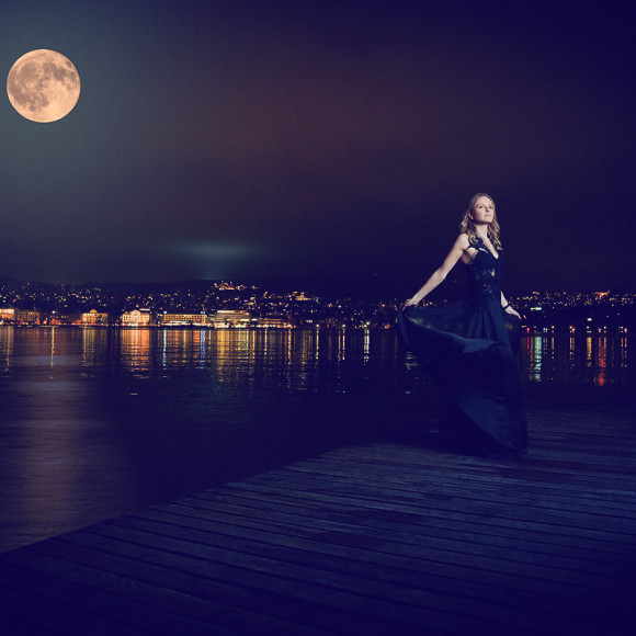 Nel-Olivia Waga IWC Portofino 37 Moonlight Supermoon moon