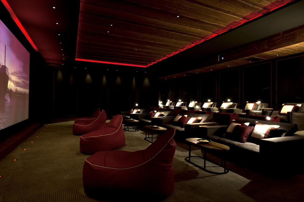 _TAG095-Cinema
