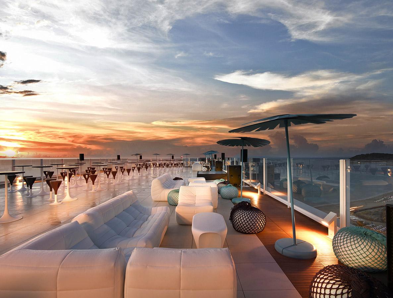 A Rockstar Life Hard Rock Hotel Ibiza Her Etiquette