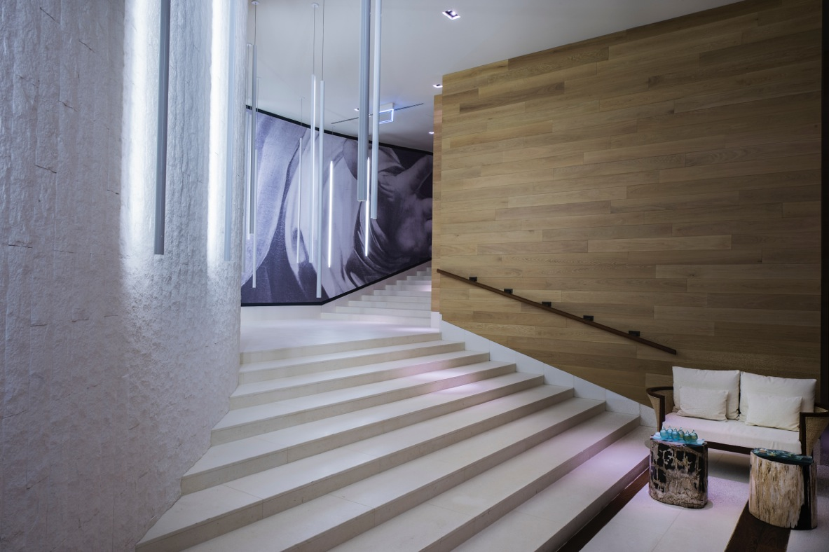 CAM-Spa Fitness-The Spa-Staircase to heaven