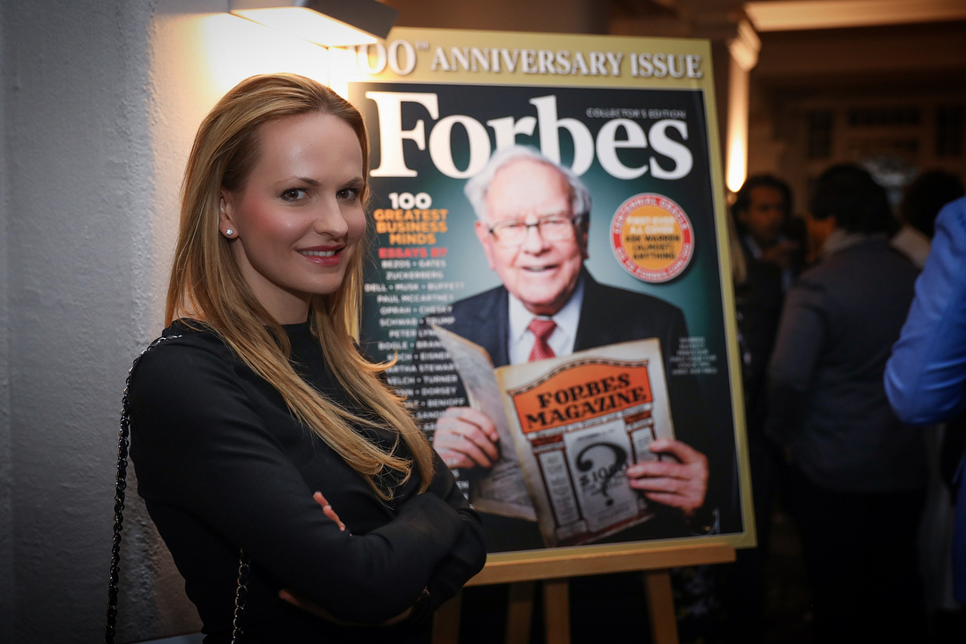 #aboutlastnight at the @forbes welcome reception of @worldeconomicforum in Davos. Special thanks to @moiraforbes and Steve Forbes for having me at this beautiful event. I'm so grateful to be working with such a powerful (100 year old) company and such amazing people. ♥️ | #ForbesAtWEF #wef2018 #Davos #WEF #Forbes100