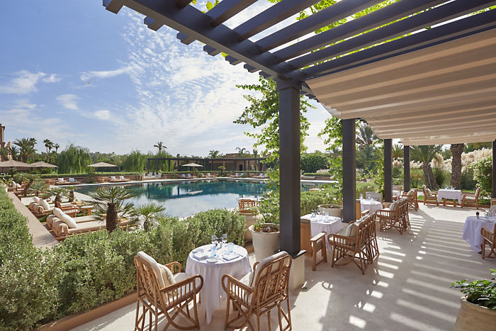 marrakech-fine-dining-pool-garden-02
