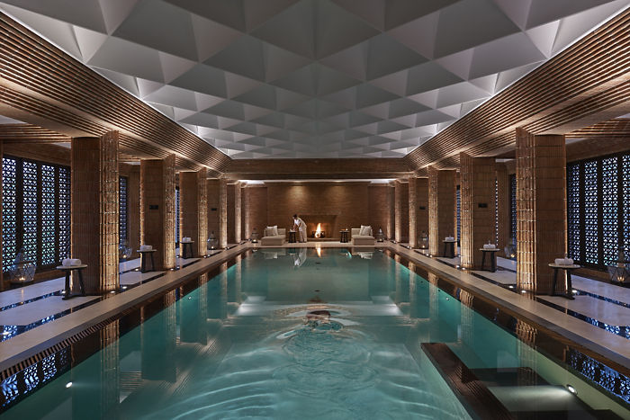 marrakech-luxury-spa-pool-dusk-01