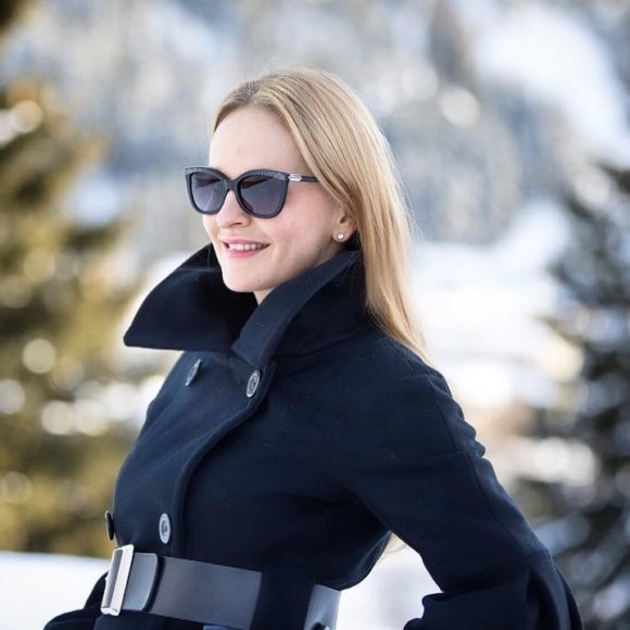 Today marks the 4th anniversary of HER ETIQUETTE, which means 4 years of entrepreneurship for me! There couldn't be any better place than the @worldeconomicforum in Davos, to celebrate this day! Special thanks to my dear family, friends, my team, partners, clients and followers for supporting me on this journey. I'm more than excited to continue this journey together with you! #THANKYOU ❄️❄️   #WEF2018 #Davos     @tom_oswald
